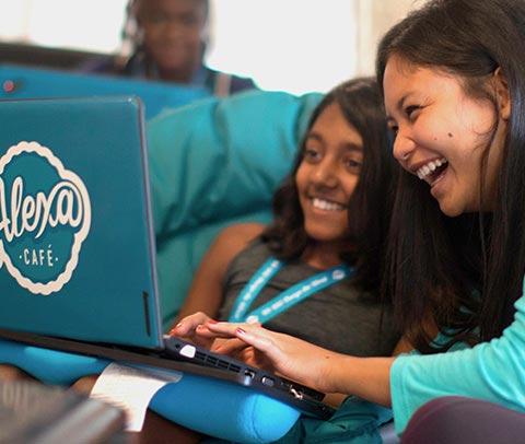Video Game Design Summer Camp Seattle: UW Seattle STEM Summer Camps 2019 | Coding Robotics Programs | Kids rh:idtech.com,Design